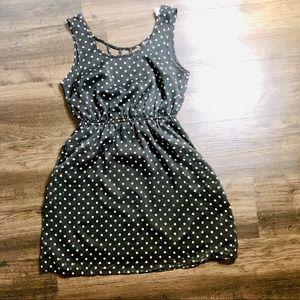 Dresses & Skirts - Black polka dot flowy mini dress